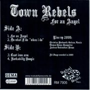 Town Rebels Si back